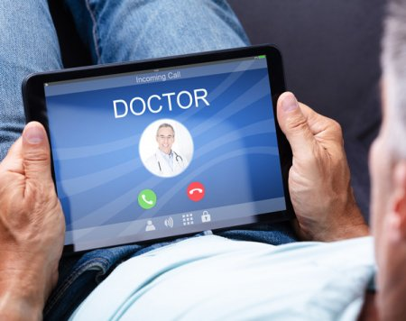 Digitization and customer communication channels in healthcare